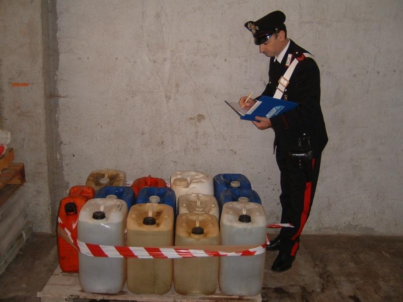 I carabinieri denunciano due rumeni con l'accusa di ricettazione di gasolio